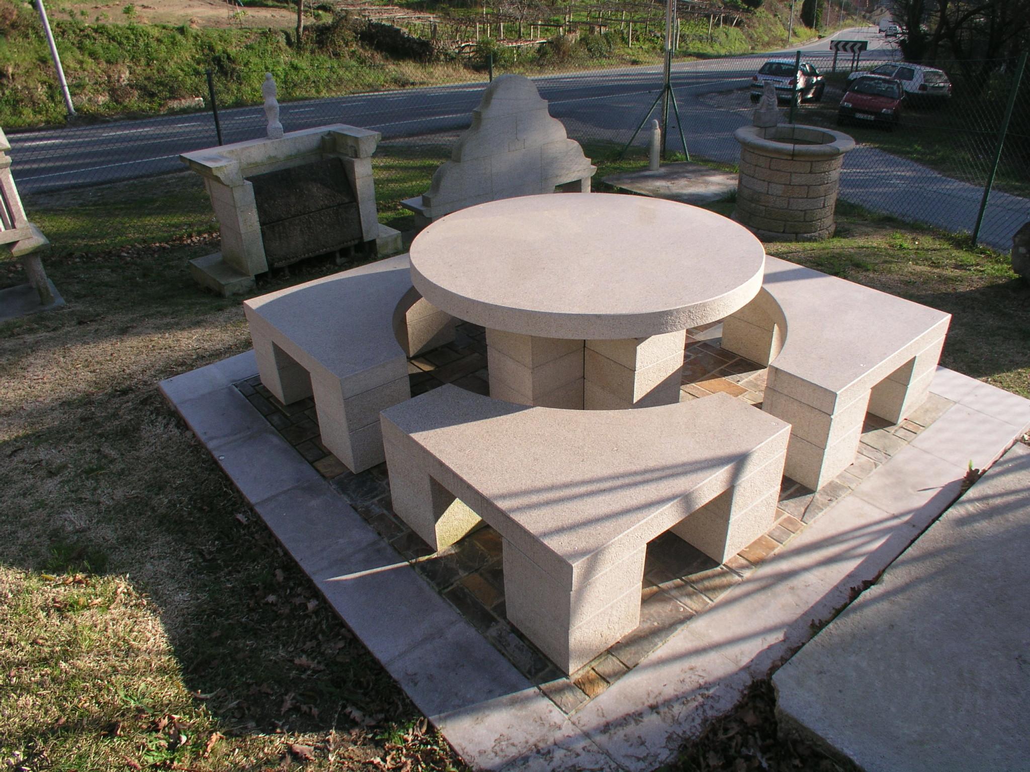 Mesas de piedra para jardin cheap ideas del uso de - Mesas de piedra para jardin ...