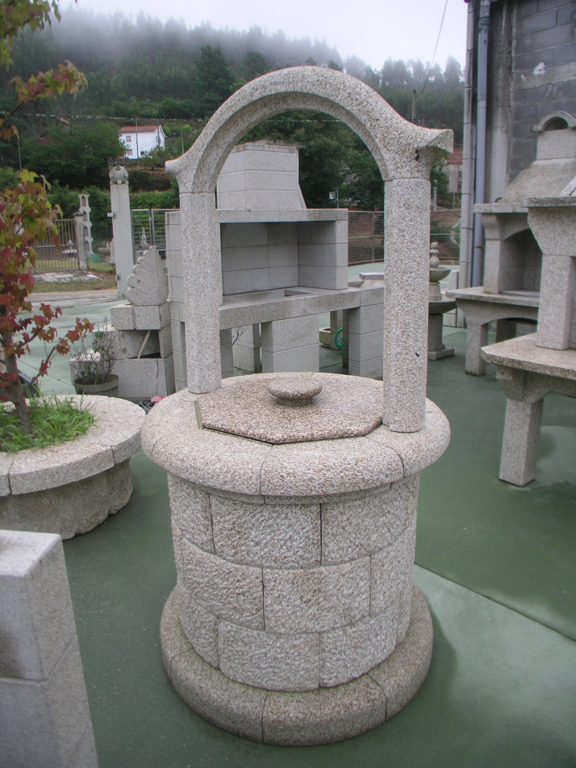 Pozos de piedra para jard n y fuentes antonio rosales - Piedra para jardineria ...