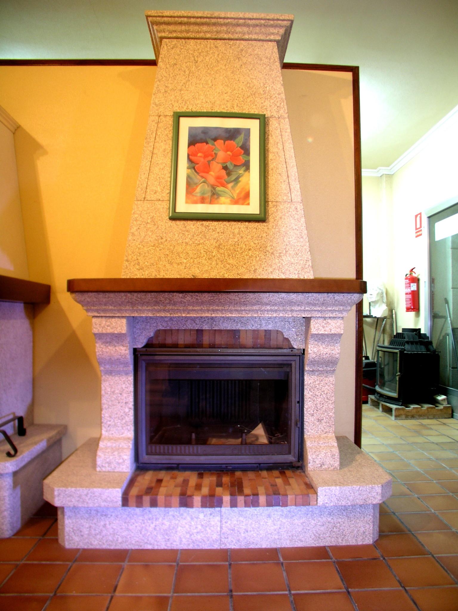 Construcci n de chimeneas de piedra antonio rosales - Chimeneas para decorar ...